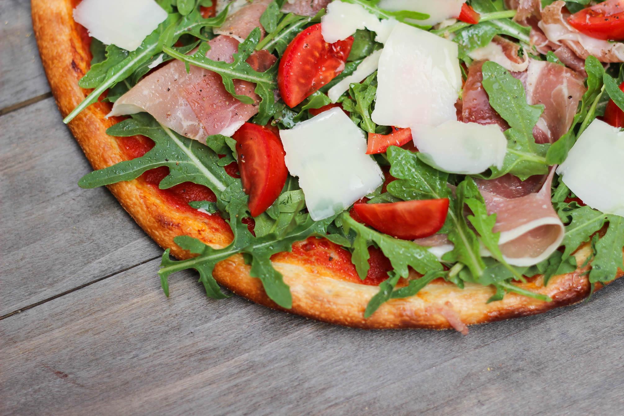 Pizza Cosmopolita